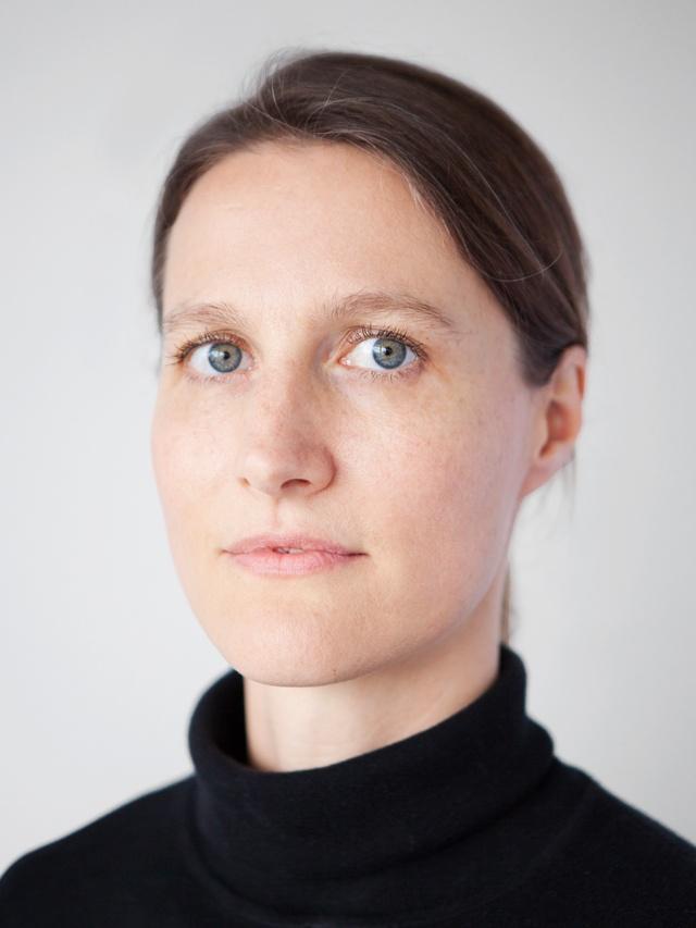 Dr. Nadja Hartung
